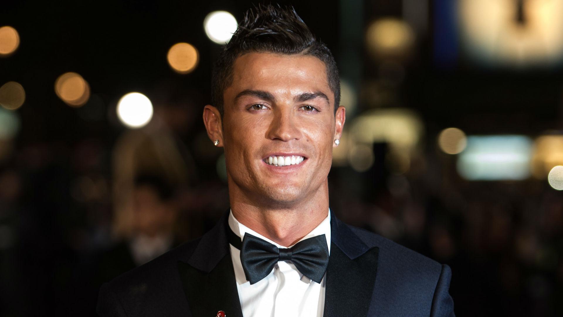 CR7 or 007? Ronaldo considering following Beckham and Cantona into films