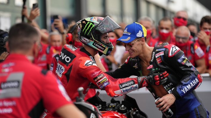 Fabio Quartararo congratulates Francesco Bagnaia