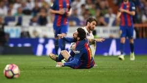 Sergio Ramos Lionel Messi - cropped