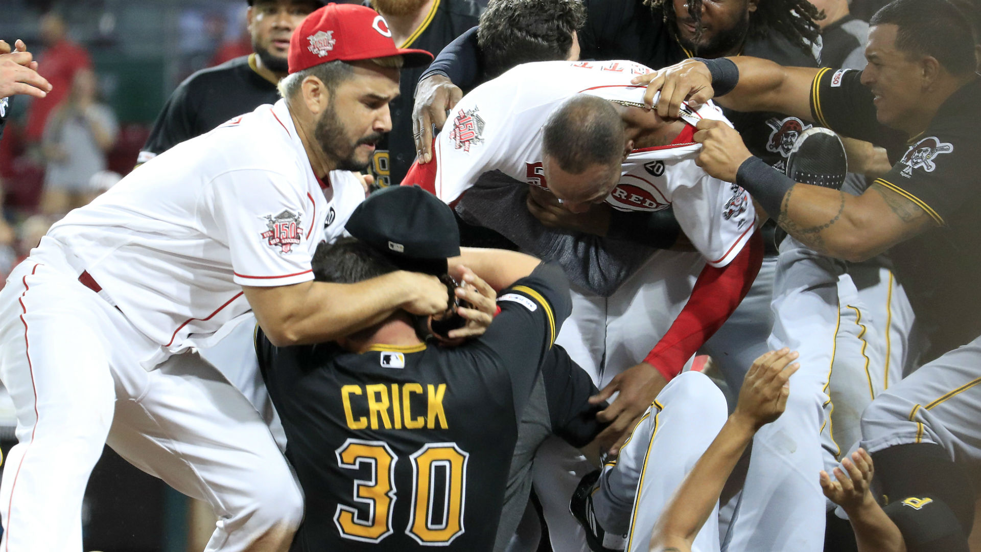 MLB: 'Umpires made aware' of beanball potential in Reds-Pirates series