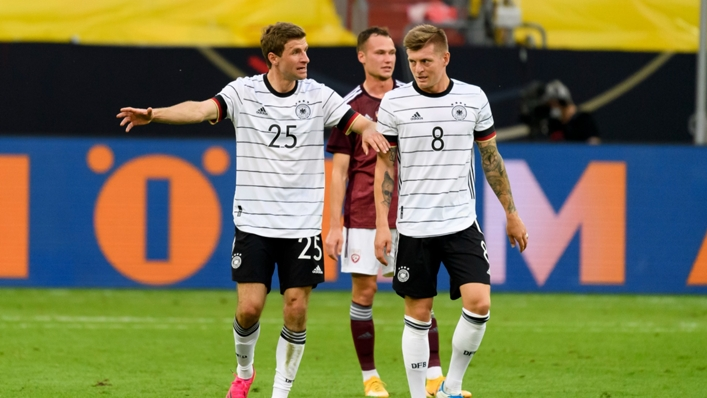 Germany's Thomas Muller (left) and Toni Kroos