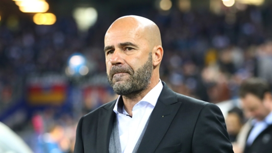 Dortmund to hold news conference with Bosz on the brink