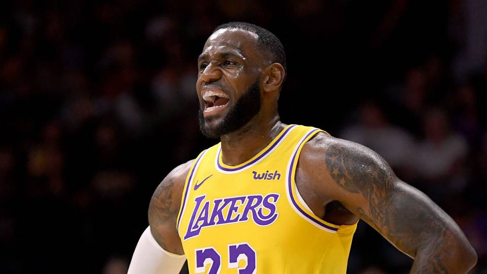 LeBron James beefs up security at L.A. home, report says