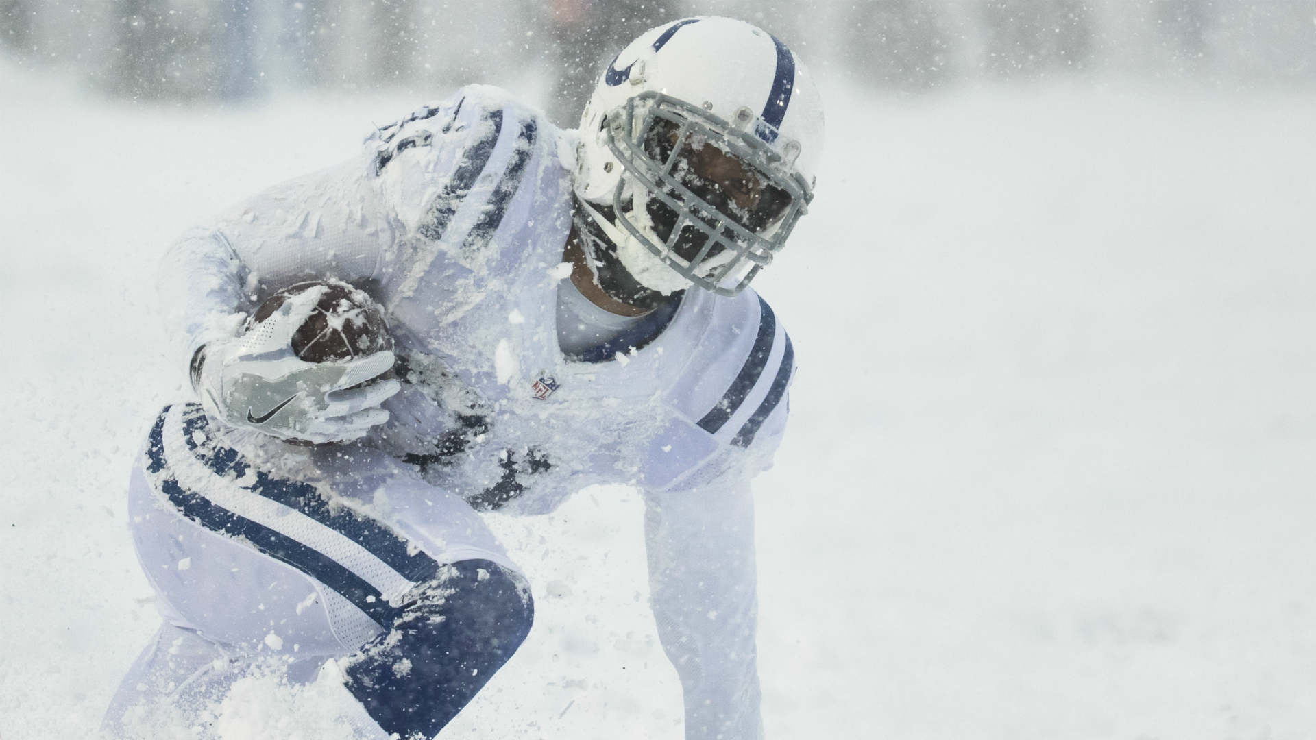 Colts' all-white uniforms in the snow made it impossible for Broncos to review film