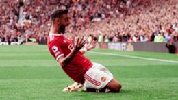 Manchester United's Bruno Fernandes celebrates against Leeds