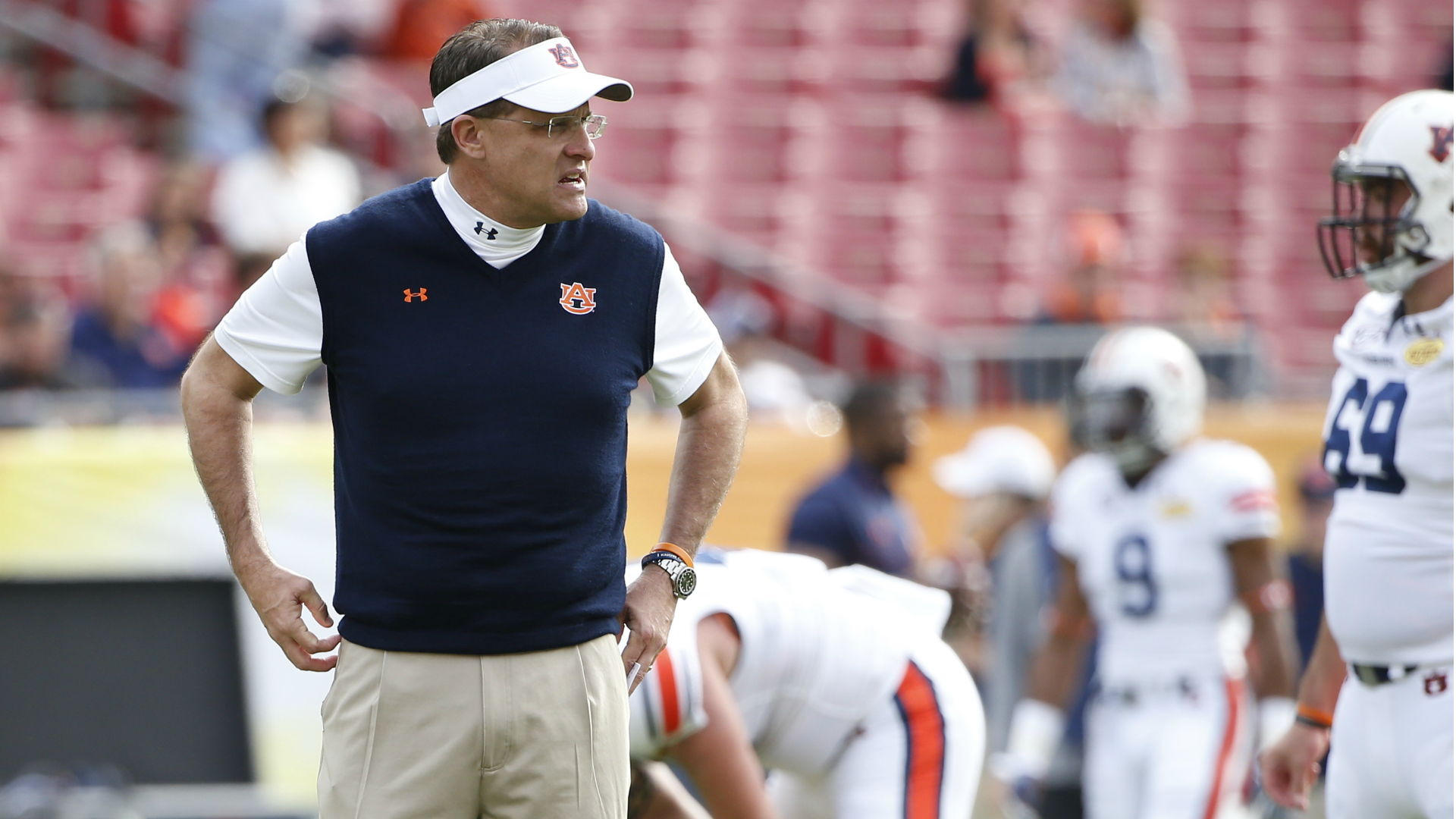 Arkansas boosters want to pluck Gus Malzahn from No. 6 Auburn, report says