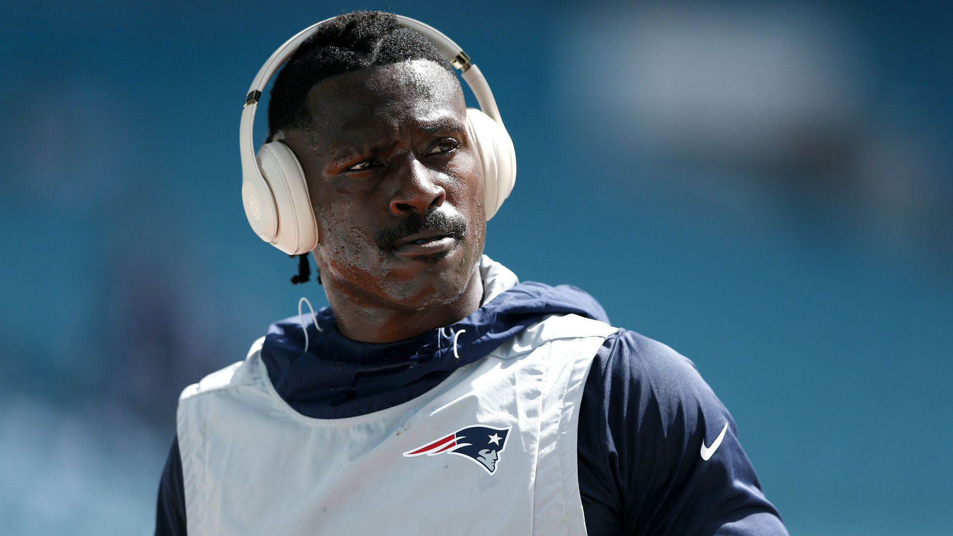 Antonio Brown addresses media for the first time with Patriots: 'I'm just here to focus on ball'