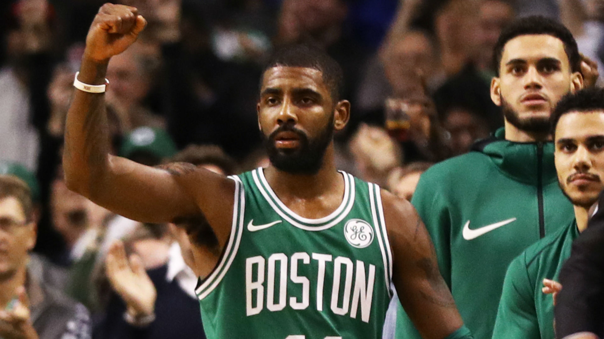 NBA wrap: Celtics outlast Warriors for 14th straight win
