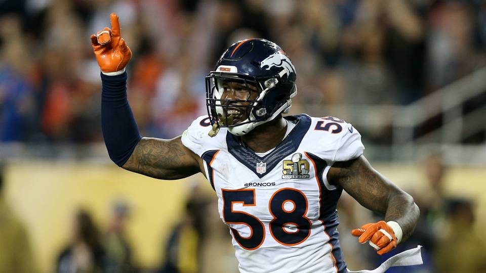 Bizarre social media incident sees Von Miller's mother go off on Broncos GM John Elway