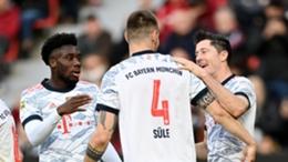 Bayern Munich players celebrate Robert Lewandowski's second goal