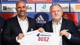 Peter Bosz (left)