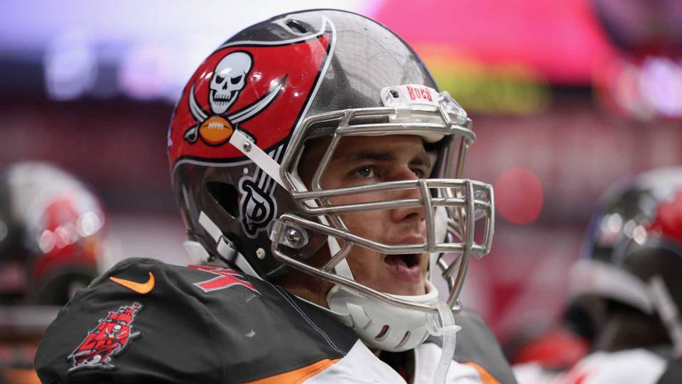 Bucs, OL Ali Marpet agree to reported 5-year, $54M extension