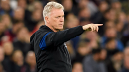 West Ham head coach David Moyes gestures during the UEFA Europa League group H match between West Ham United and KRC Genk