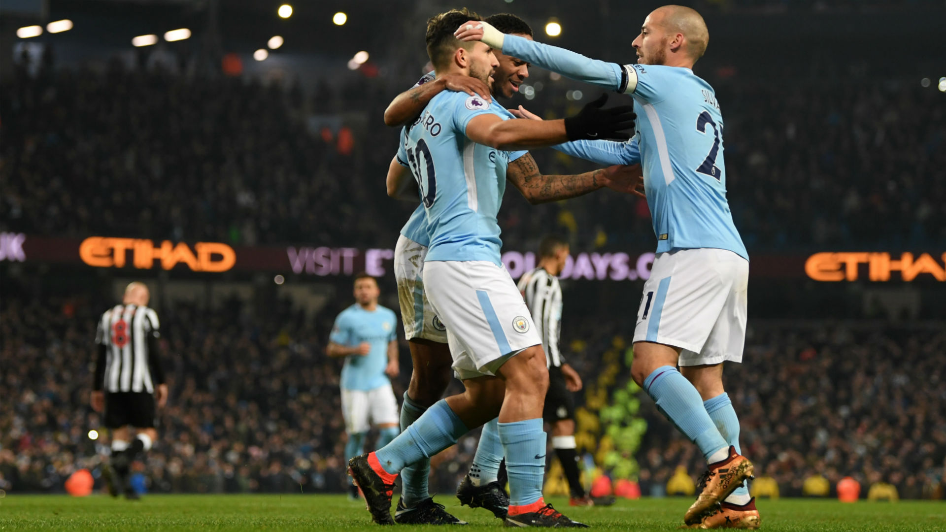 Fernandinho follows Nicolas Otamendi in signing new deal at Manchester City