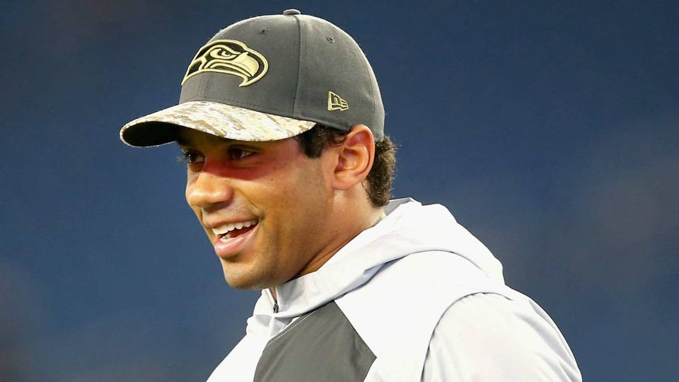 Russell Wilson gets chance to bat in Yankees spring training game