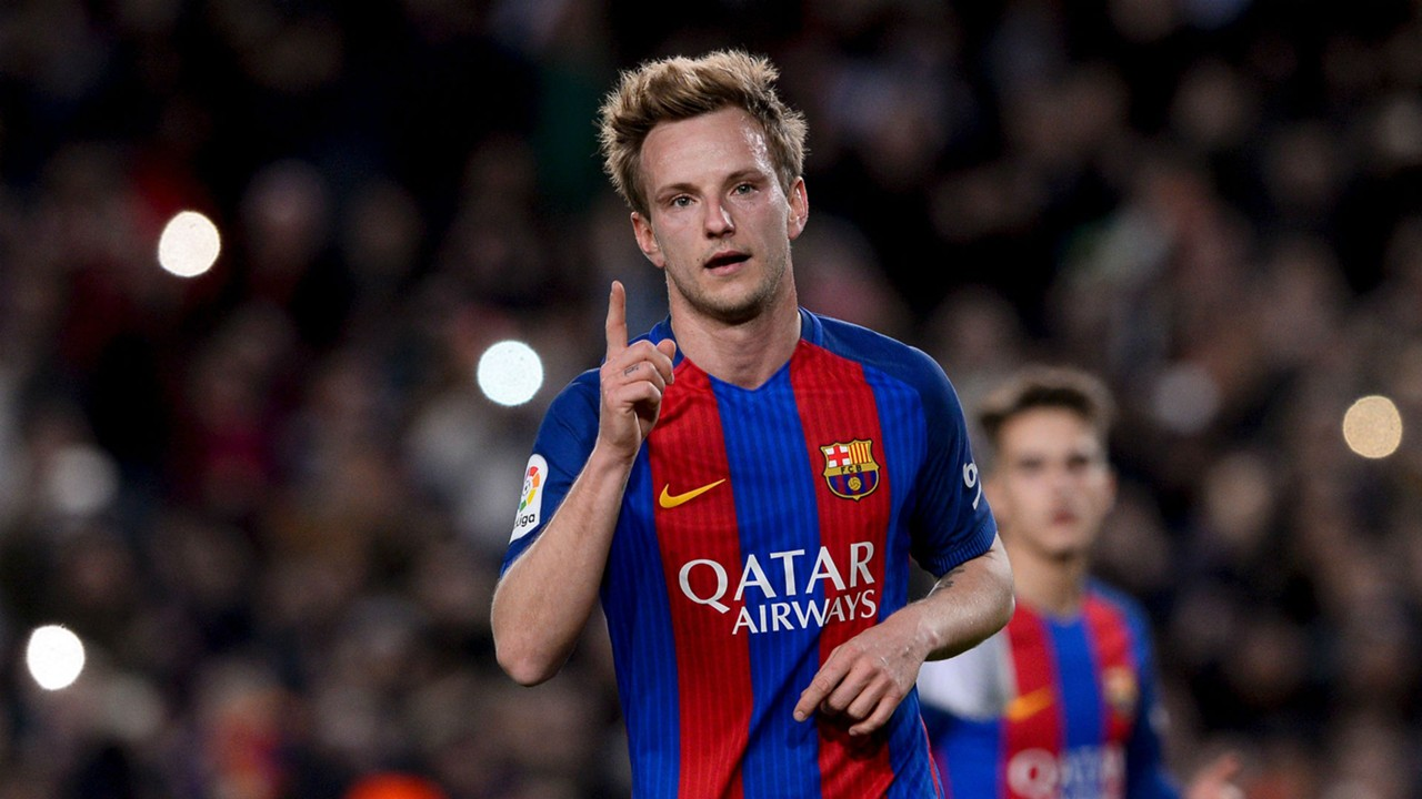 Ivan Rakitic back in Barcelona squad amid City rumours