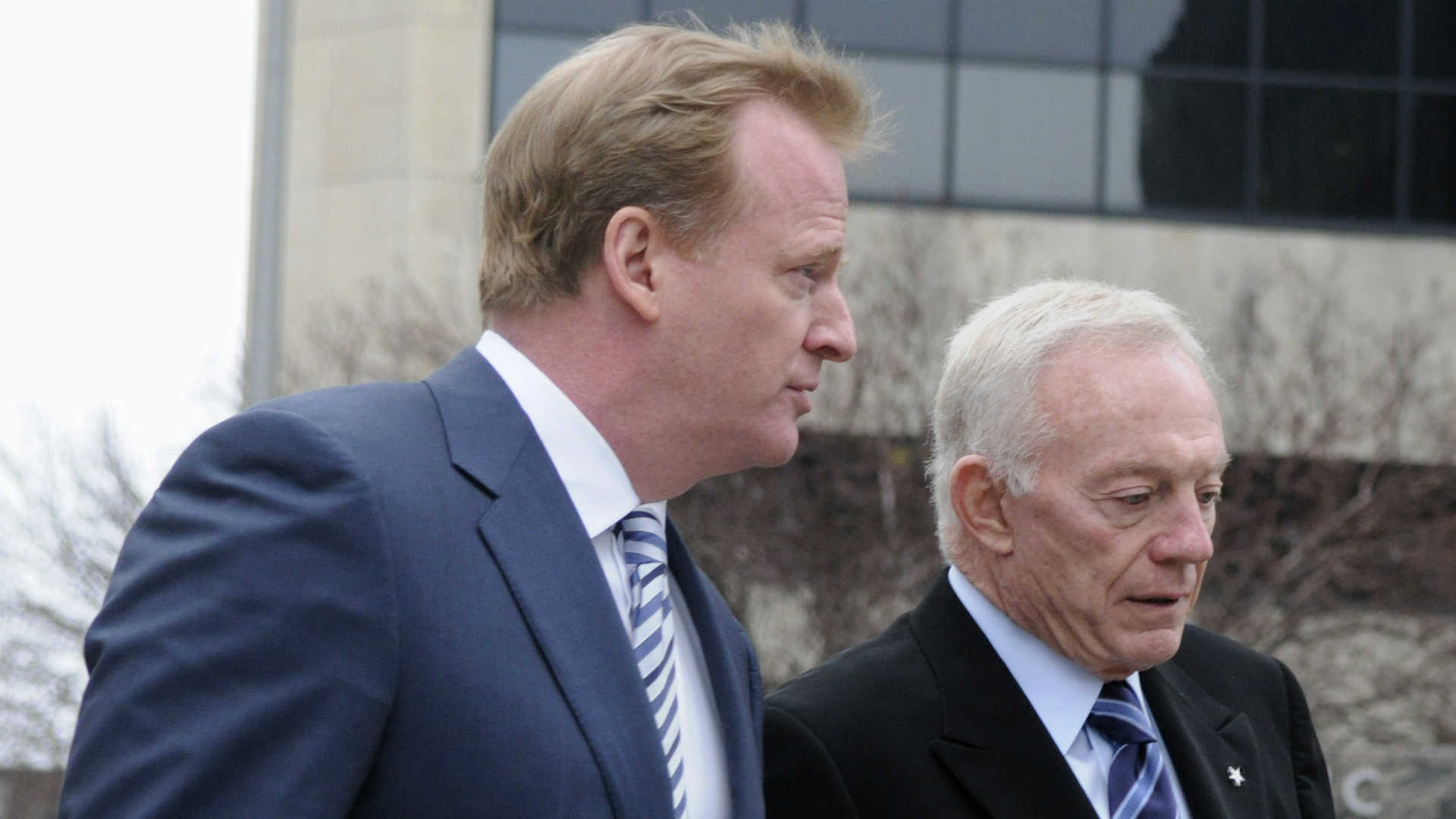 Roger Goodell to fine Jerry Jones millions for challenging contract, report says