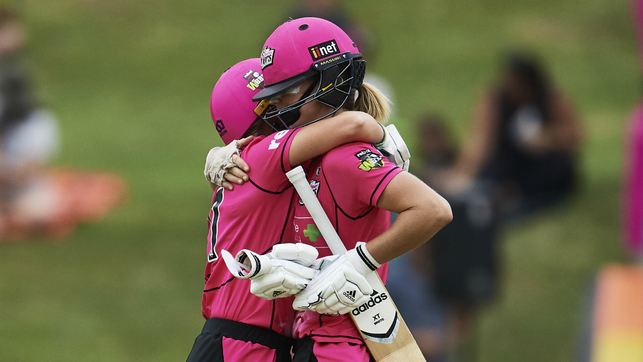 Alyssa Healy: WBBL04: Perry Masterminds Sixers' Great Escape To Make