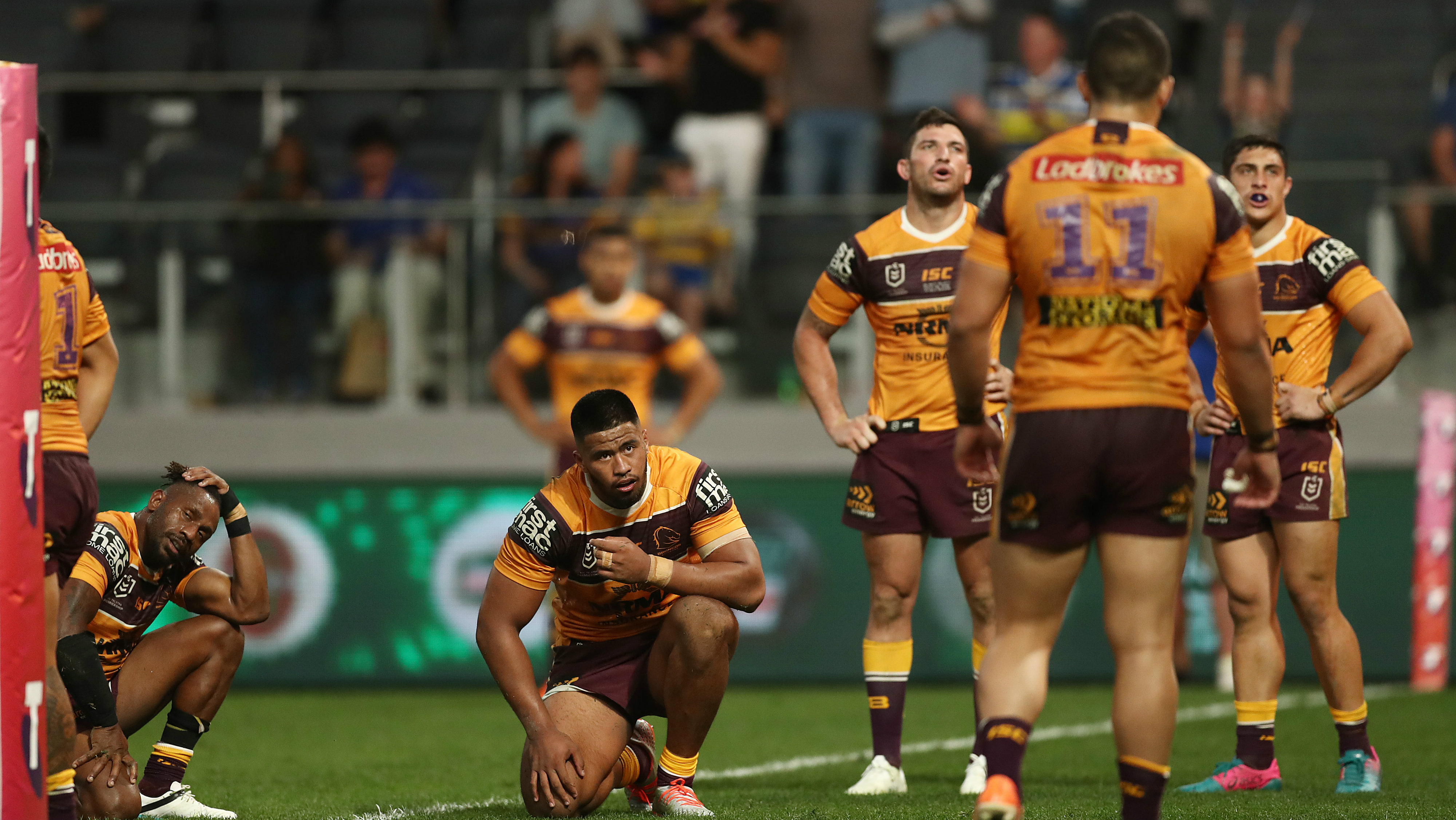 Brisbane Broncos: Phil Gould weighs in on pre-game pokie session