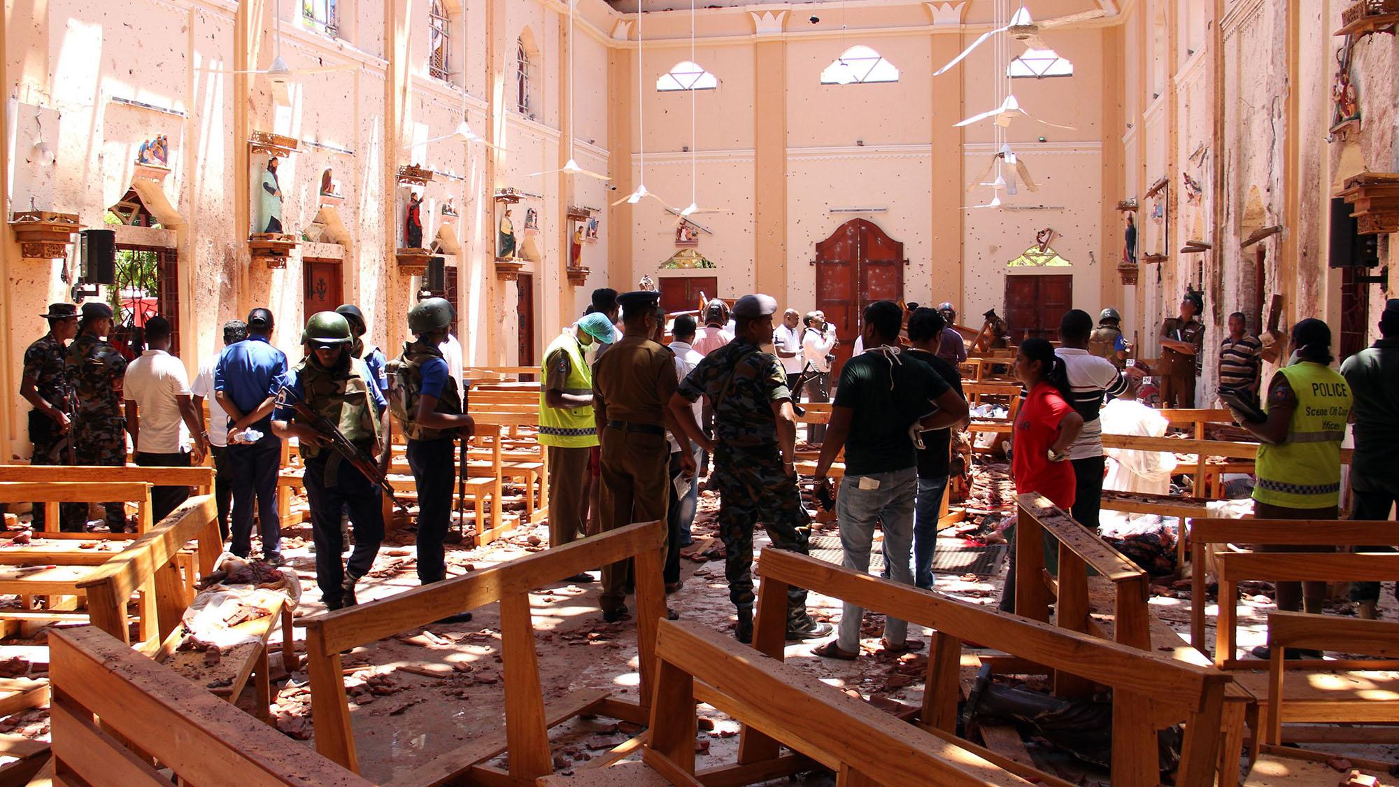 Aussie schoolboy cricketers under curfew after Sri Lanka bomb blasts