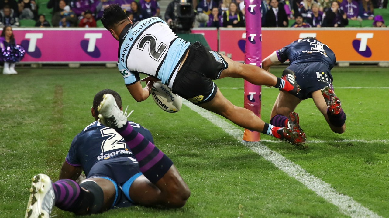 Phil Gould backs divisive Billy Slater tackle with interesting defence | Sporting News