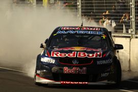 Jamie Whincup - 500x333 - 08/12/13 - Getty Images