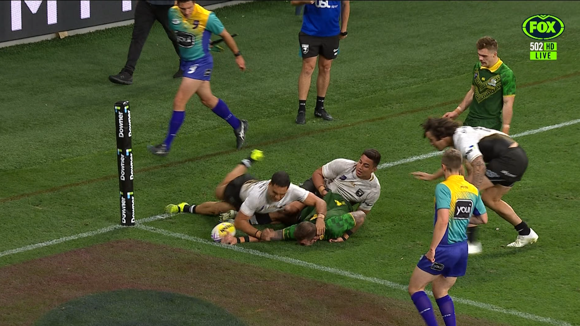 World Cup Nines: 'Referee blunder' mars Australia's Nines victory as Feldt awarded controversial try