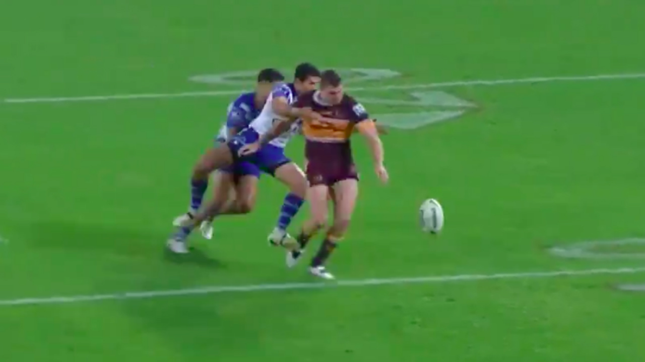 Broncos v Bulldogs: 'Can't be a penalty try' – Paul Vautin questions Corey Oates call