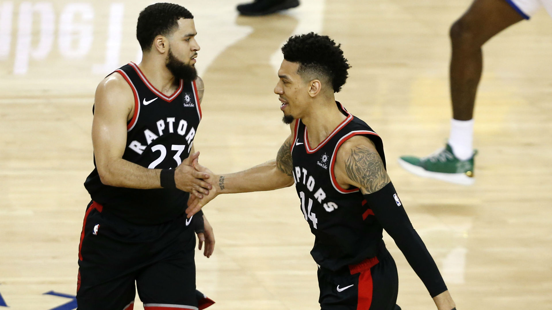 e3641503fc6 Warriors results: Toronto coasts to Game 3 victory despite 47 points from  Steph Curry | Sporting News