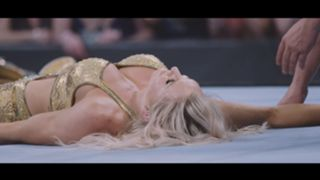 WWE バックラッシュ スマックダウン シャーロット・フレアー カーメラ