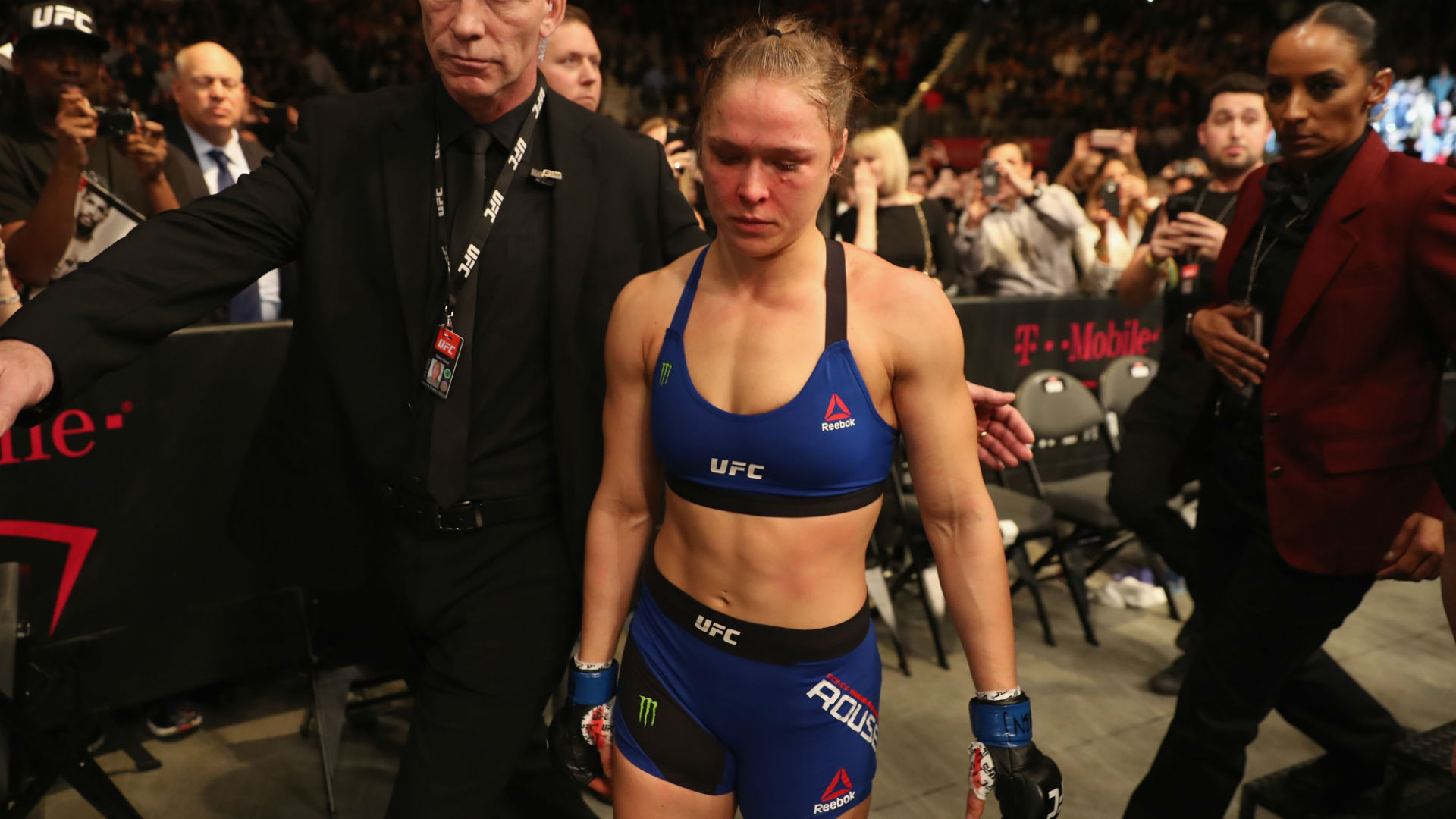 UFC 207 beatdown makes it clear: Time for Ronda Rousey to retire