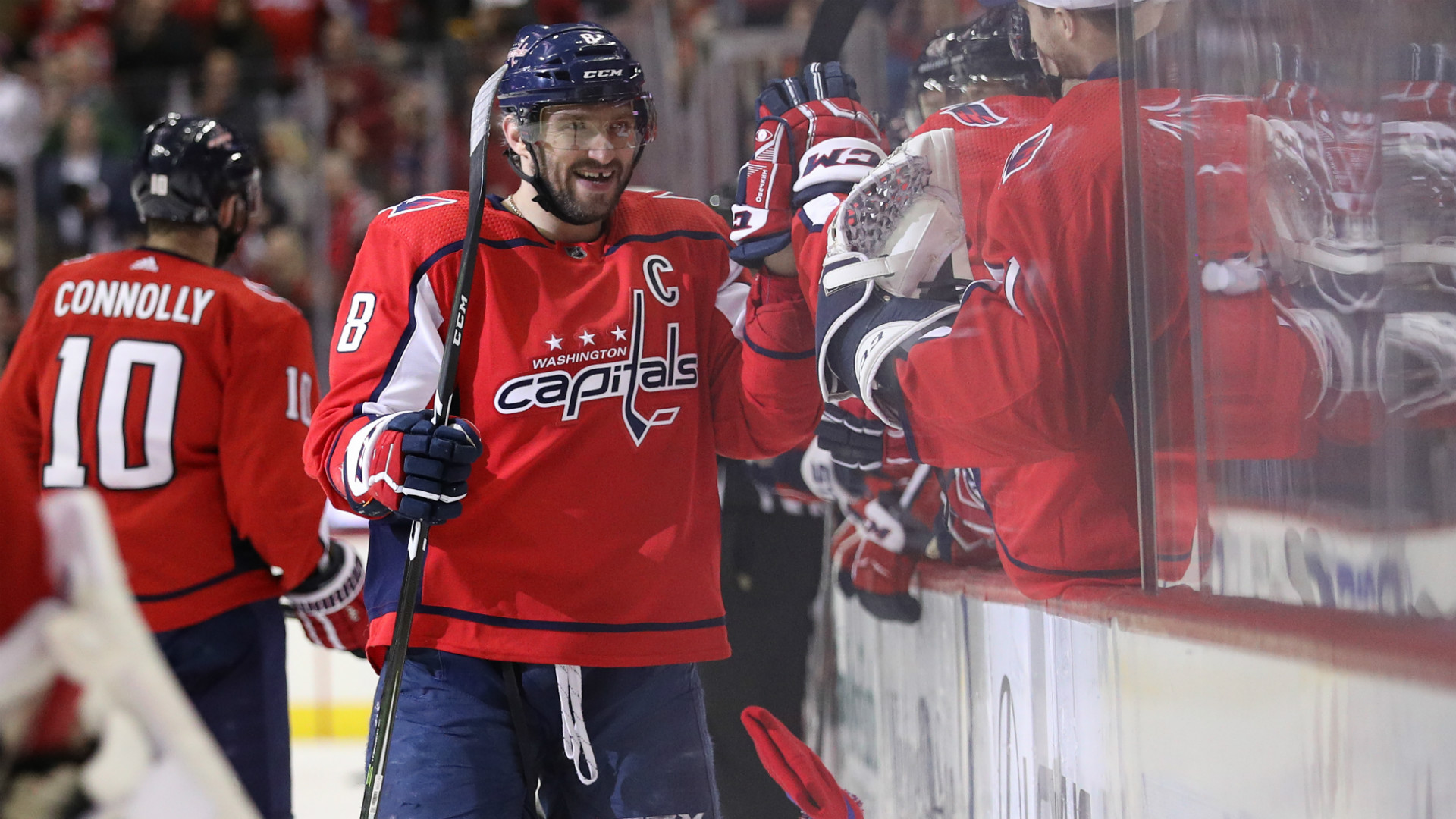 d989a72efb69c3 Alexander Ovechkin notches hat trick, extends lead in NHL goal scoring race  | Sporting News