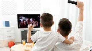 sports-fans-031829-shutter-ftr