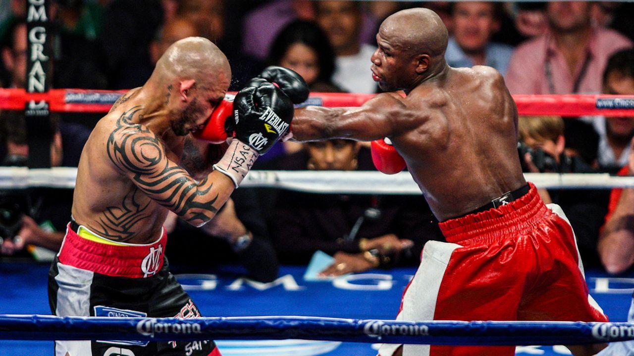 Mayweather vs  Berto odds – Floyd lays biggest price of