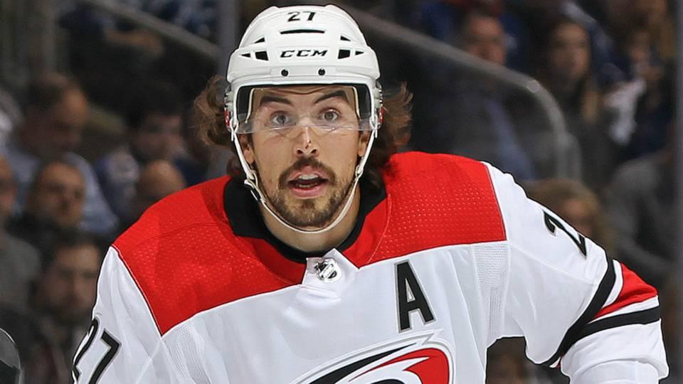 NHL Rumor Roundup: After Jeff Skinner trade, is Justin Faulk next out of Carolina?