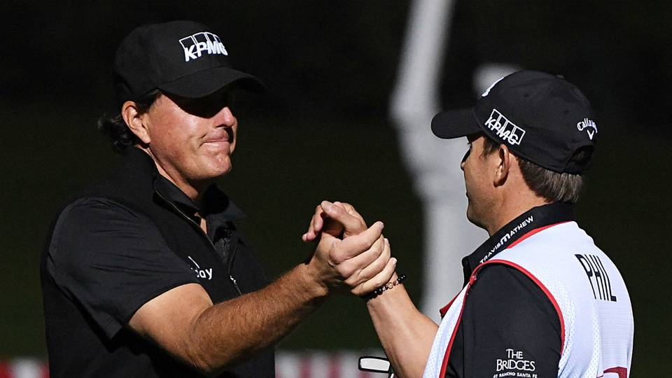 Tiger Woods vs. Phil Mickelson: Lefty wins 'The Match' and $9 million in extra holes