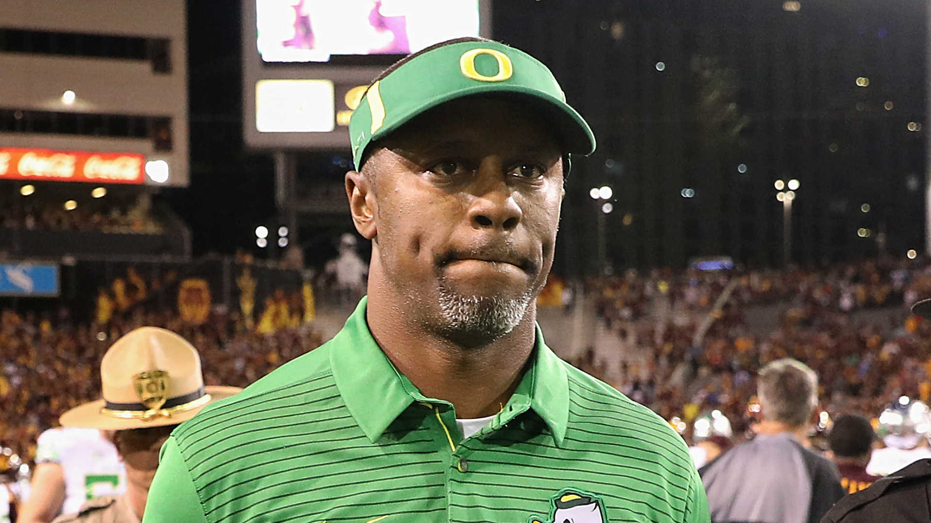 Florida considers Oregon's Willie Taggart 'real possibility' for next coach