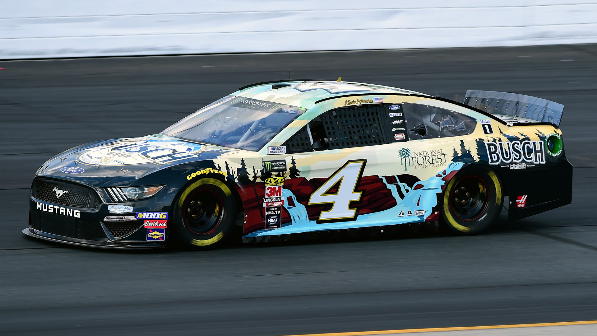 NASCAR results at New Hampshire: Kevin Harvick picks up first win of season in Foxwoods Resort Casino 301