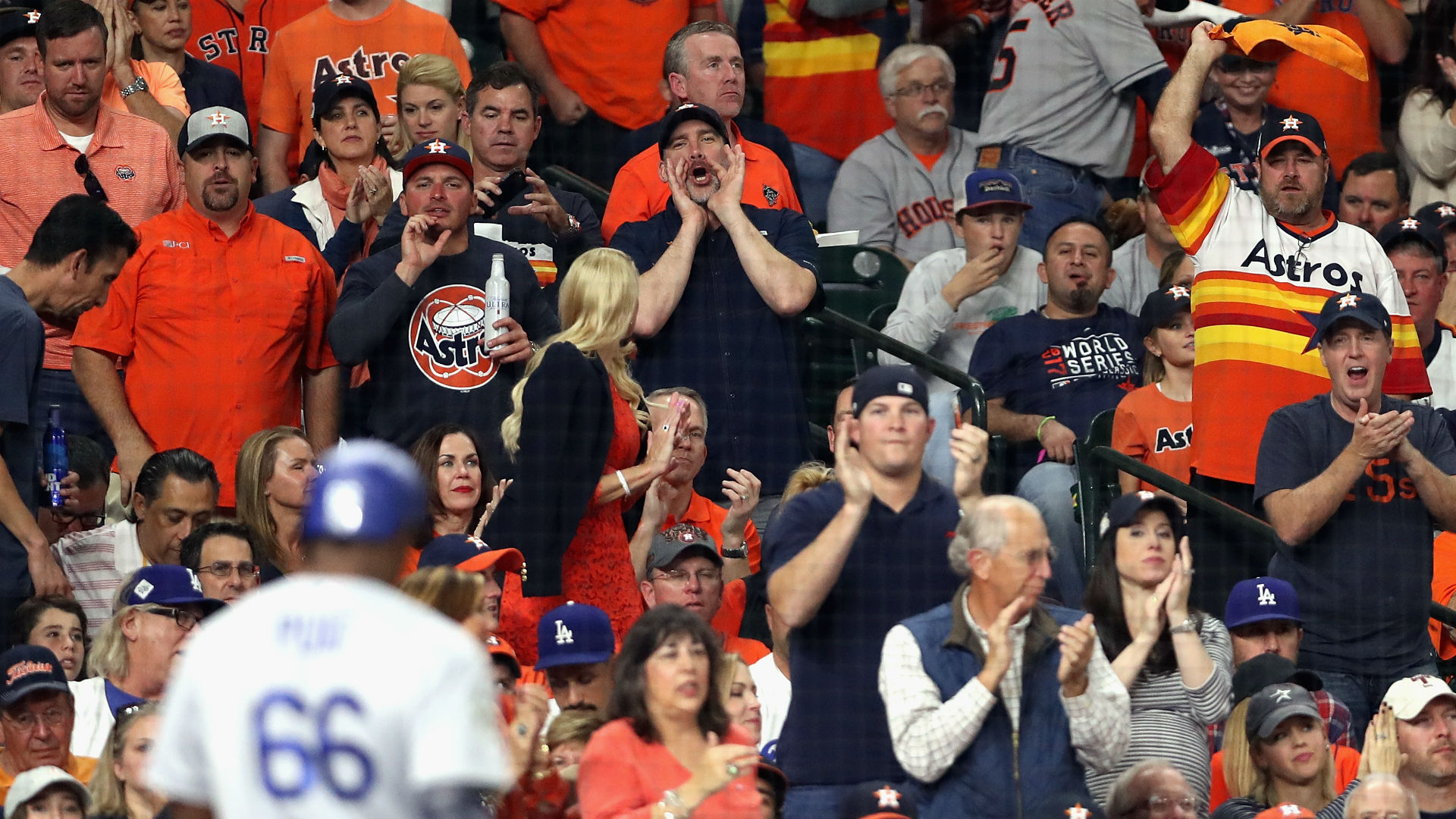 Family explains why Astros fan stole home run ball, threw it back
