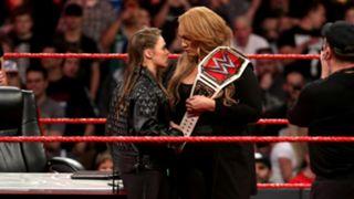 WWE ロウ#1304 ロンダ・ラウジー 女子王座 調印式