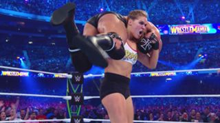 WWE レッスルマニア34 ロンダ・ラウジー UFC ステファニー・マクマホン トリプルH デビュー