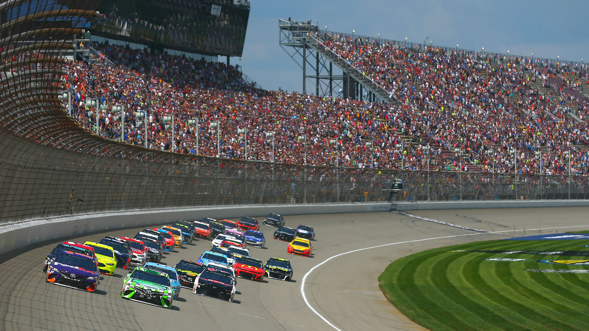 What channel is NASCAR on today? Time, TV schedule for rain-delayed Michigan race