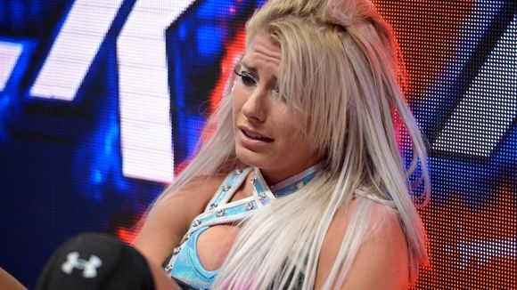 WWE バックラッシュ ロウ女子王座戦