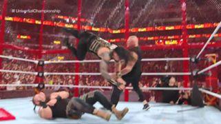 WWE PPV ヘル・イン・ア・セル レインズ ストローマン レスナー
