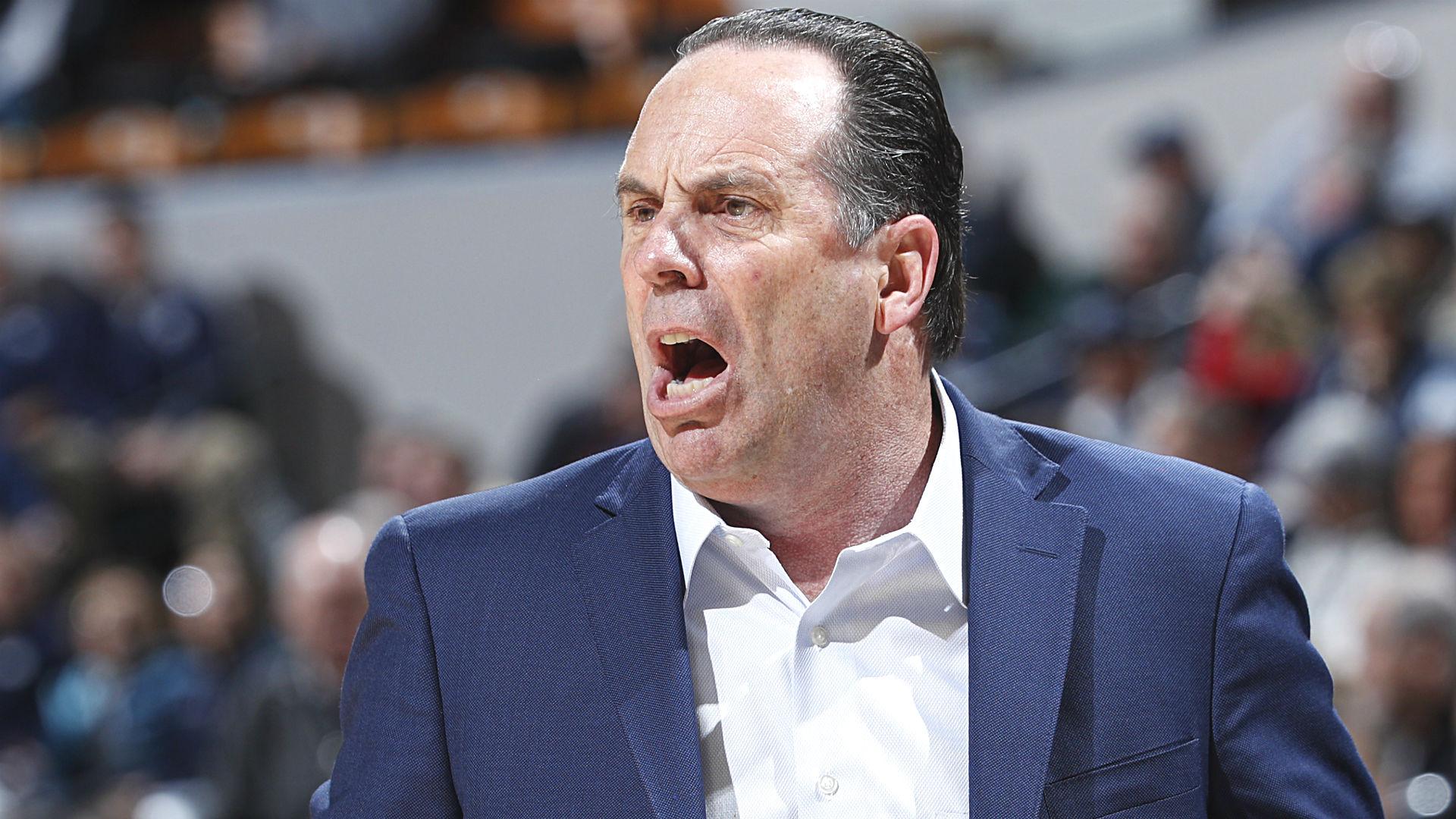 Mike Brey critica a los funcionarios de ACC, dice que tienen independencia de fútbol de Notre Dame contra el equipo de baloncesto 2