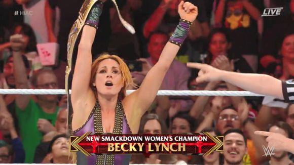 WWE PPV ヘル・イン・ア・セル スマックダウン女子王座