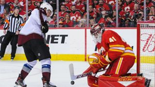 mike-smith-calgary-flames-colorado-avalanche-041119-getty-ftr.jpeg