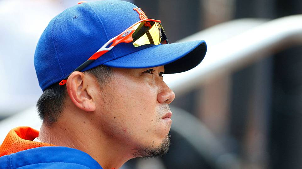 Daisuke Matsuzaka sidelined again after pitching arm reportedly damaged by fan