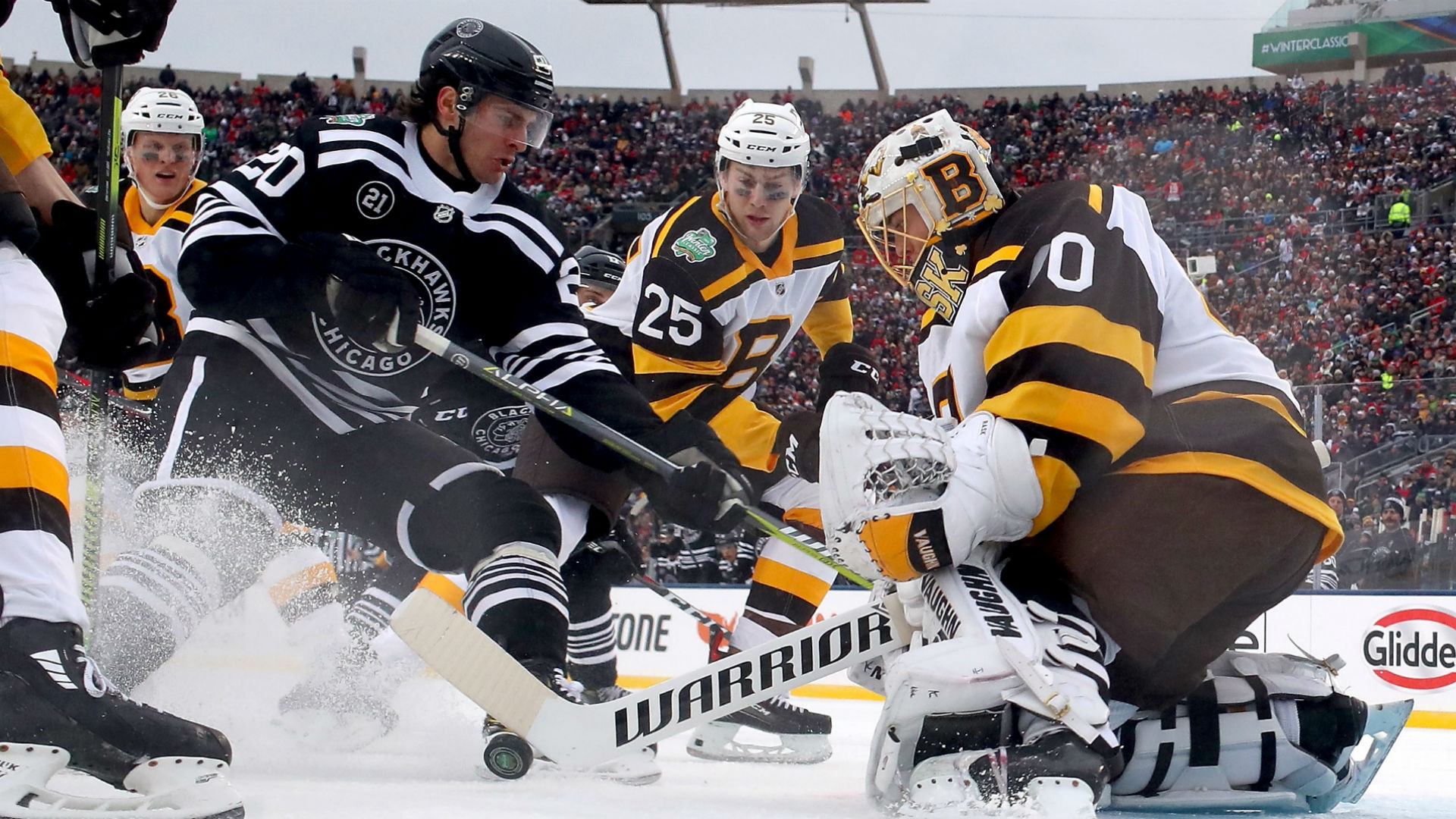 b46a49280c2 NHL Winter Classic 2019 results: Score, highlights from Bruins' win over  Blackhawks outdoors