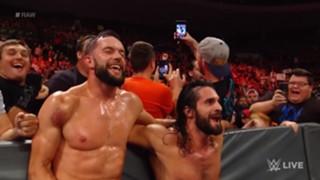 WWE ロウ #1313 セス・ロリンズ フィン・ベイラー